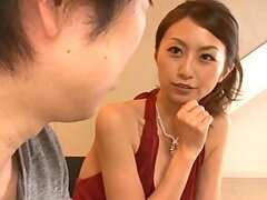 Gorgeous Japanese Mature Beauty in Hot Hardcore Sex Video
