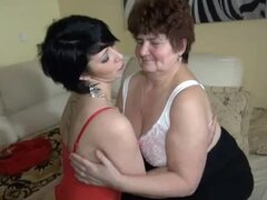 Hot chick in lingerie strapon fucks granny