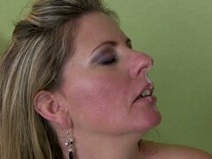 Horny and Slutty Mature Laura Long Having Sex with the Handsome Doctor