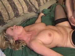 Mature lady's first creampie makes her feel so good